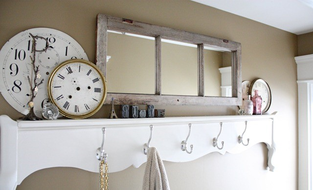 15DIY Craft Projects Using Old Vintage Windows